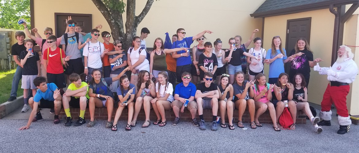 CCMS 8th graders at Holiday World and Splashin Safari - 5-11-18